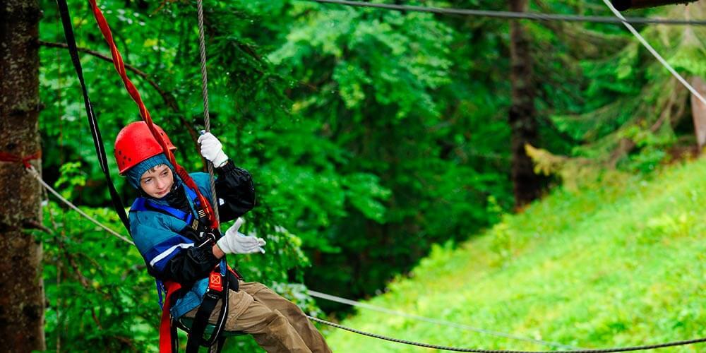 Zipline High Long Fast And Safe Extreme Works